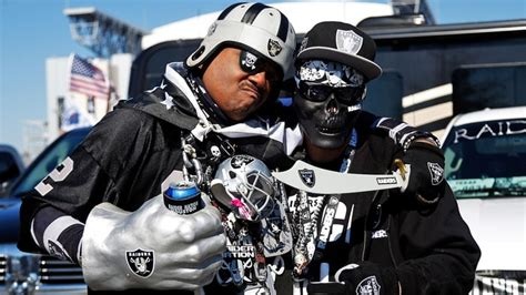 oakland raiders fan gear raiders fans most disrespected in sports
