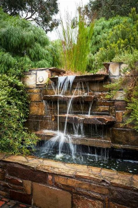 25 best ideas about wall water features on