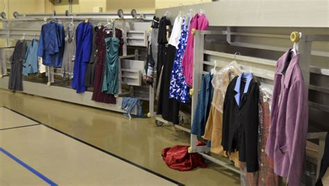 Jesus Closet by Christ S Closet Helps Families In Need The Clanton