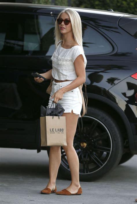 julianne hough hair stylist julianne hough leaving a hair salon in los angeles 8 31 2016