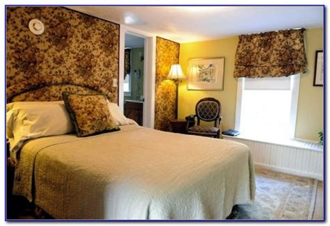 haunted bed and breakfast bed and breakfast gettysburg pa haunted bedroom home