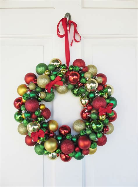 Ornament Wreath - crafts after college ornament wreath