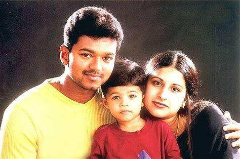 actor vijay and wife photos kanyakumari best clikz vijay family photo