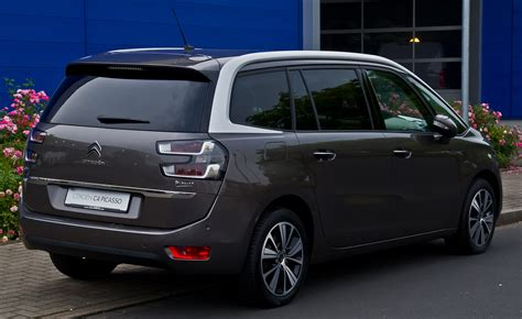 Citroen Grand C4 by Citroen Grand C4 Picasso