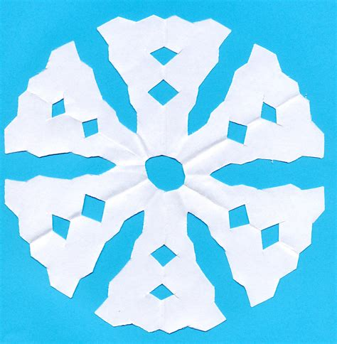 Paper Snowflakes Easy - weather for schools