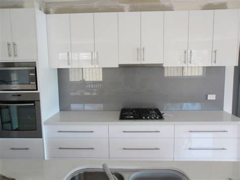 modern kitchen splashback glass splashbacks modern kitchen splashbacks photos