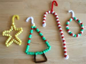 pipe cleaner crafting