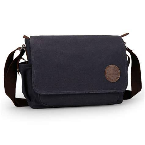 Tas Messenger Bag Equip Usa Original muzee tas selempang kanvas messenger bag me 8899d black jakartanotebook
