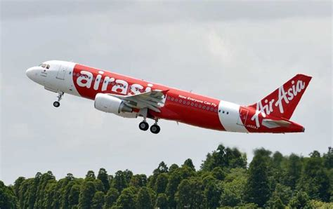 airasia narita terminal flight attendant scalded with hot water and noodles by