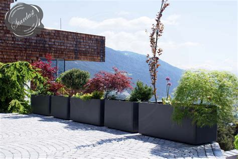 Modern Planters Outdoor by Modern Landscape And Patio Design With Large Modern Garden