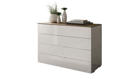 commode laquee commode de rangement 4 tiroirs blanche et bois