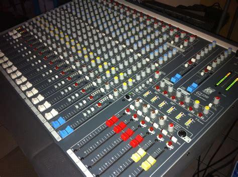 Mixer Allen Heath Gl allen heath gl2200 16 image 499801 audiofanzine
