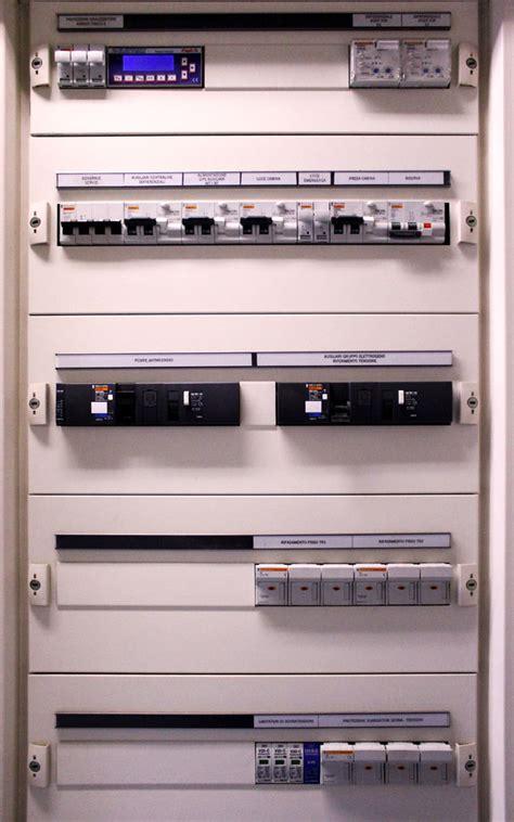 sme illuminazione quadri elettrici di distribuzione nello viotto s r l