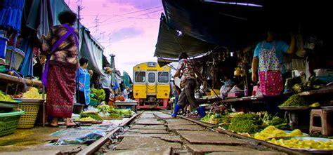 Maeklong Railway Market - Taxi Service from Bangkok to all ...