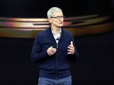 apple ceo apple unveils 3 iphone versions series 3 watch abc news