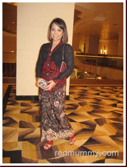 Asal Usul Baju Kebaya Nyonya kebaya nyonya yang the recycle pencinta merah lover