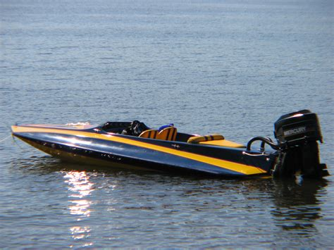 fast boat is fast boats www imgkid the image kid has it