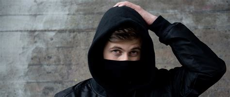 alan walker mask this is why alan walker hides his face from the public