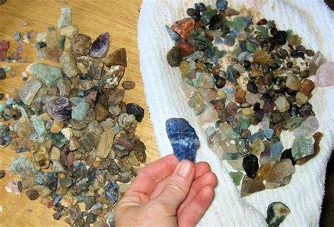 gems picture of hiddenite gems emerald hollow mine