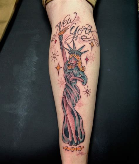 statue of liberty pin up tattoo tattoo s by richie statute of liberty pin up girl luke wessman self made