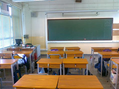 Desk School Dubai how to become a in dubai mistakes you can easily