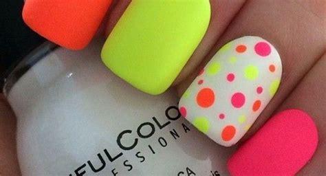 imagenes como decorar uñas 20 dise 241 os de u 241 as de color ne 243 n elegante y 250 nico manicure