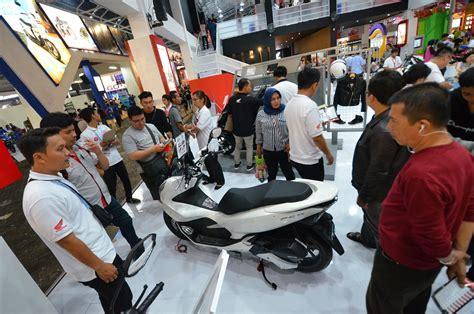 Pcx 2018 Prj by Honda Pcx 150 Laris Manis Wahana Sukses Jual 8200 Unit