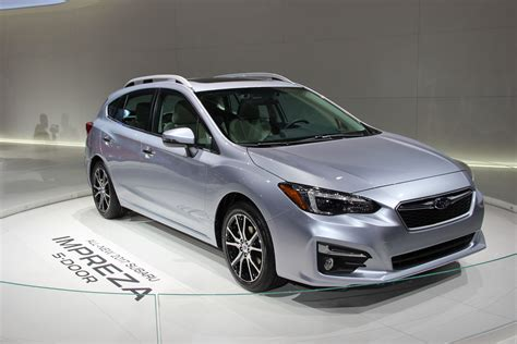 subaru impreza 2017 subaru impreza is roomier slightly more powerful