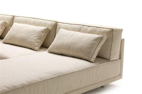 cuscini divani cuscini di schienale per divano in piuma dennis