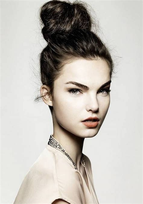 wet and messy hair look how to style a messy bun with your long hair operandi moda