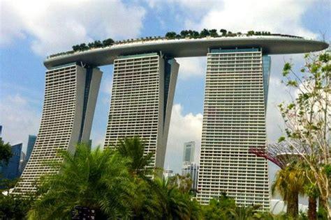 Bar On Top Of Marina Bay Sands by Singapore Marina Bay Sands Rooftop Bar