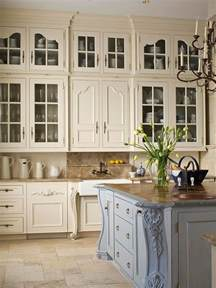 French White Kitchen Cabinets by 20 Ways To Create A French Country Kitchen