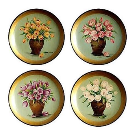 Decorative Wall Plates Set by 1000 Ideas About Tulips In Vase On Tulip