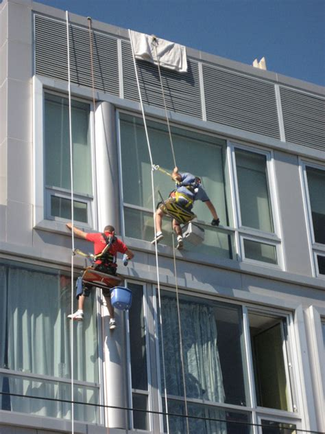 Hohe Fenster Putzen by High Rise Window Cleaning By Residential And