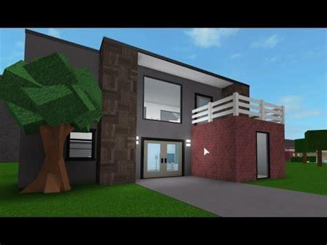 building a 10k house! #3 roblox bloxburg youtube