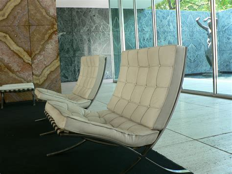 barcelona benches design friday ludwig mies van der rohe s barcelona chair