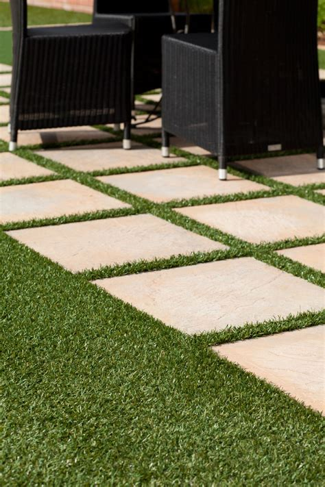 Ideas To Decorate Home by 4 Ideas For Gardening With Artificial Grass Sa Garden