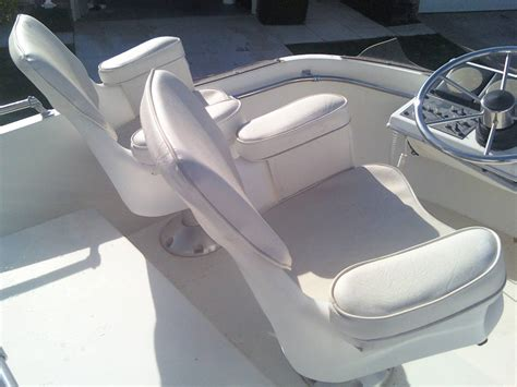 bayliner boat captain chair boat captain seats best home chair decoration