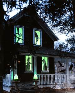 scary halloween window decorations spooky ideas for outdoor halloween decoration