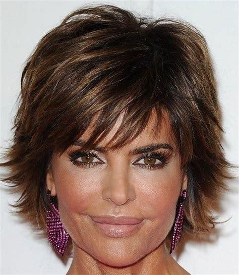 modified shag hairstyle lisa rinna razor cut shag short hairstyle 2013