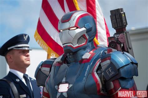 Ironman Patriot Marvel 4 new pictures of iron 3 teaser trailer