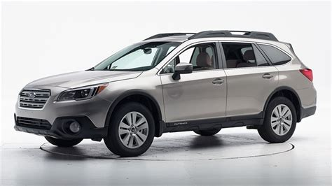 photos and videos 2016 subaru outback wagon history in pictures kelley blue book 2016 subaru outback