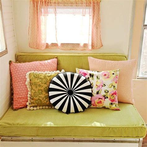 i need new cushions darla s new cushions vintagecer gling gling