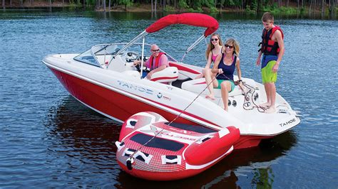 runabout deck boat tahoe boats 2016 q7i runabout boat youtube