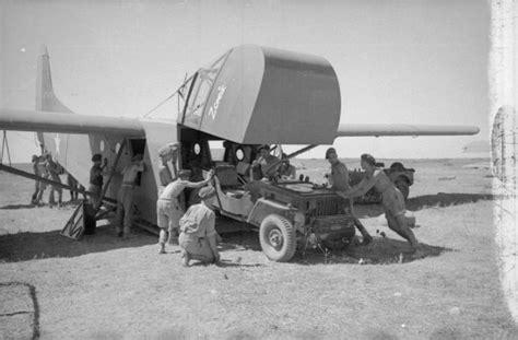 us army ww2 glider training file jeep being loaded into waco glider jpg wikimedia