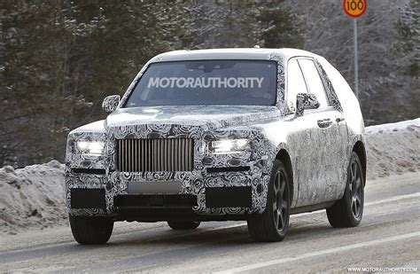 rolls royce project cullinan 2019 rolls royce cullinan spy shots and video autozaurus