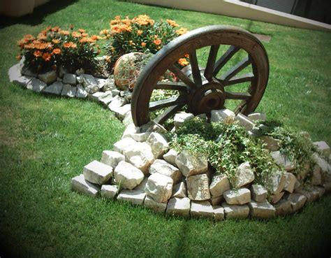 jardim decorado pedras e grama pedras decorativas