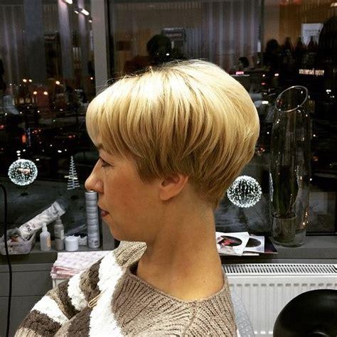 show side back view of the original dorothy hamil haircut 20 wonderful wedge haircuts