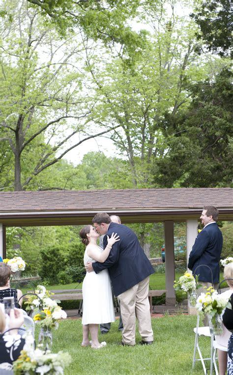 Casual Backyard Wedding by Casual Backyard Diy Virginia Wedding Pictures 25