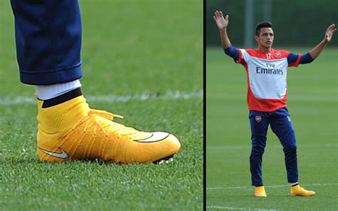 alexis sanchez nike cleat spotting week ending 14th sep soccer365